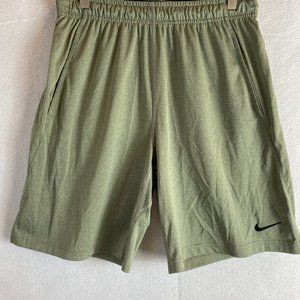 Nike Mens Fly 9 Training Short Green Size Medium